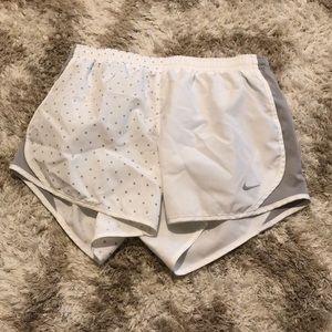 🎐Nike girls size large drawstring dri-fit  shorts